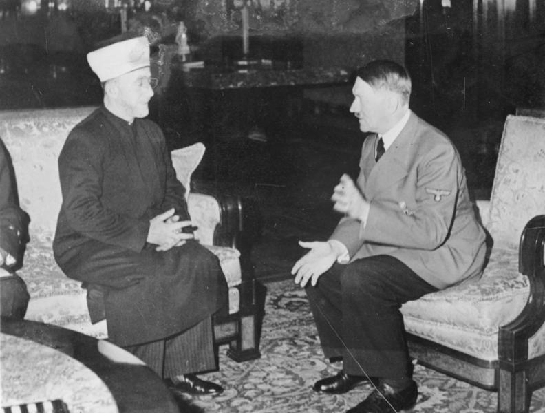 Bundesarchiv_Bild_146-1987-004-09A_Amin_al_Husseini_und_Adolf_Hitler-3aadf5ed3a557cce45f76f09925e445601481246