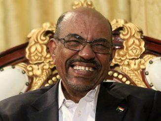 25-Al-Bashir-Reuters-dbbf06c66cd94149c6040194630c684ffe3f52e9