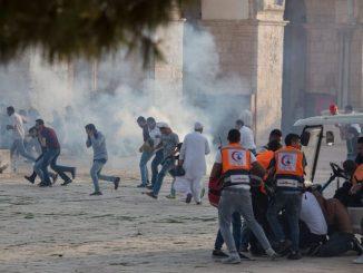Al-Aqsa-Mosque-clash-640x492-840b4297bfa31c197a53ef9f40148625c09de6de