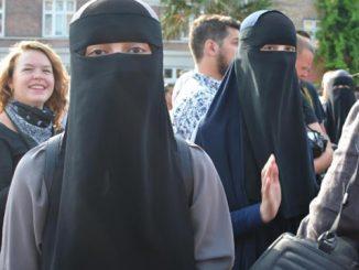 burqa-7bce36b25e01670df1fd5b97c7b2add1d356d210
