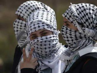 palestinian-women_650x400_51444453440-ac505821fa4c29ae26e604cdea5699dc4fbd7692
