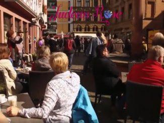 German+Flashmob+2-5d69a0b3cee026611befc98ec0368463071b55c7