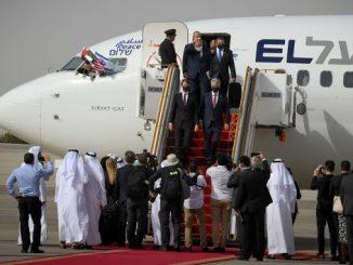 US-Israel-delegation-in-UAE-Flash90-resize-2160x1196-c4db70e719733d305893ffef22b2928871d3ba9f